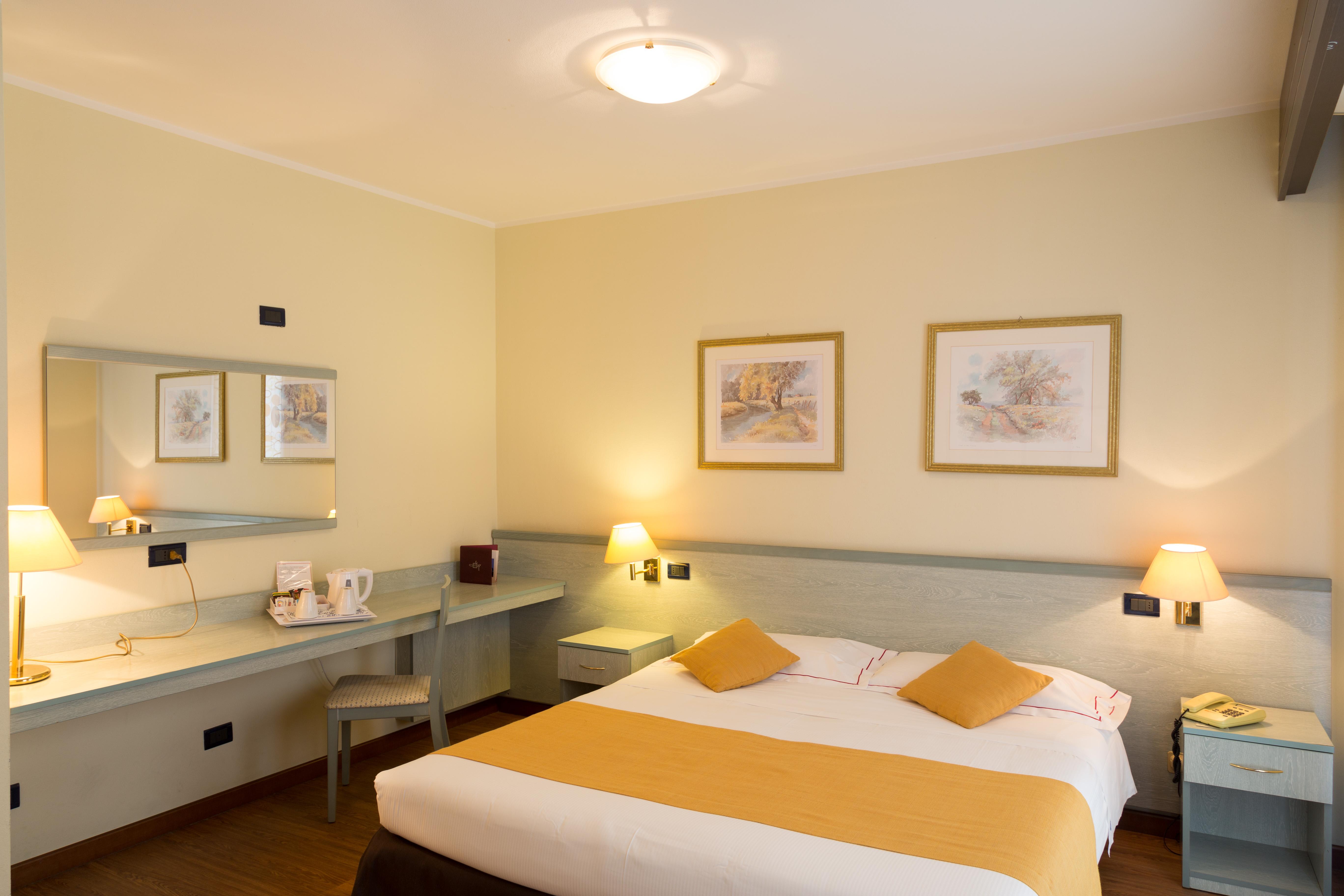 Hotel con Camere spaziose a Parma: Relax e Benessere.. Hotel Campus